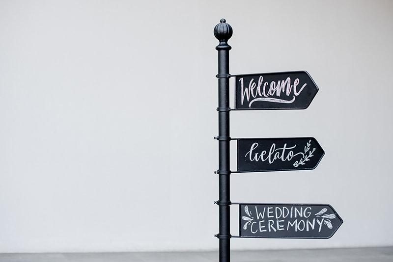 13 Gorgeous Wedding Decoration Ideas That Will Illuminate Your Venue 5
