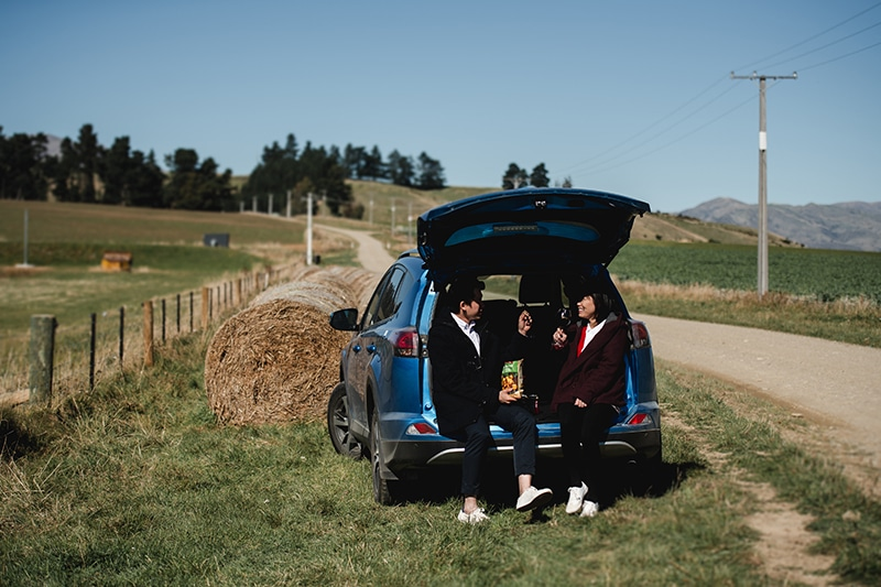 20 Stunning Pre Wedding Photoshoot Ideas for a Picture-Perfect Wedding Album 5